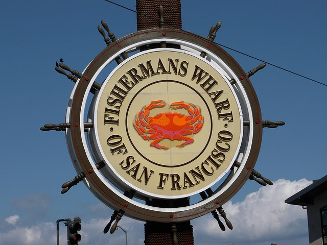 An image of Fisherman's Wrarf in SF.